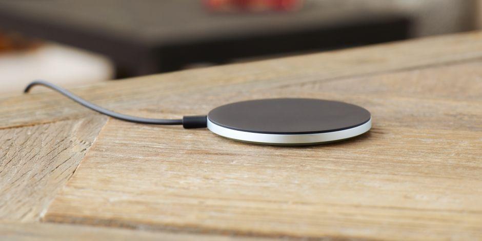 Oryginalna ładowarka indukcyjna Qi Sony WCH 10 do Xperia